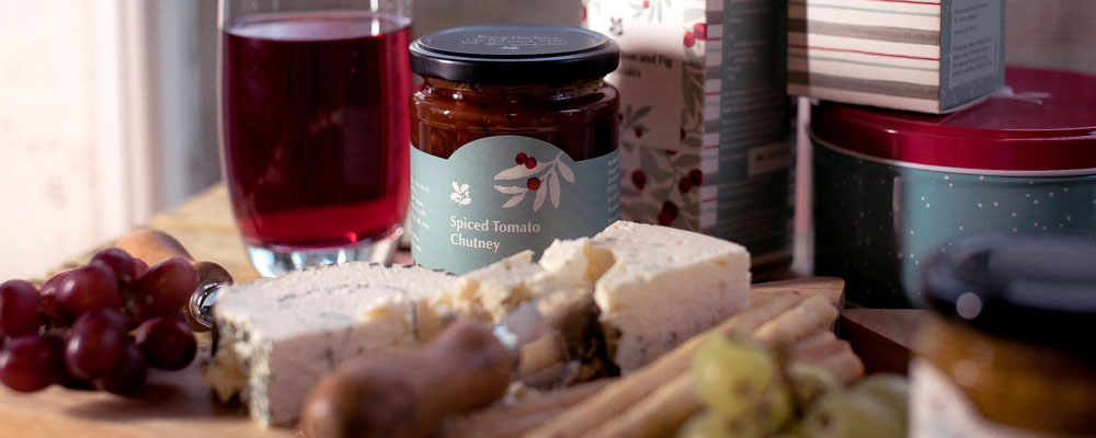 Spiced chutney and other edible gifts from the range
